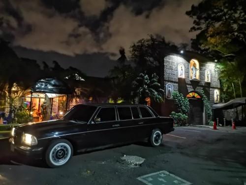 Le Monastere restaurant. San Rafael de Escaz MERCEDES CLASSIC LIMOUSINE TRANSPORTATION